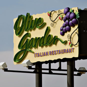This couple is naming their firstborn child after Olive Garden, and same