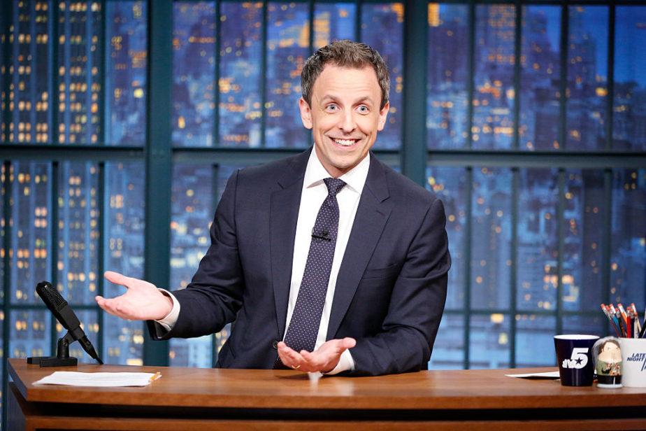 Seth Meyers is hosting the 2018 Golden Globes, and fingers crossed for cameos from Tina and Amy