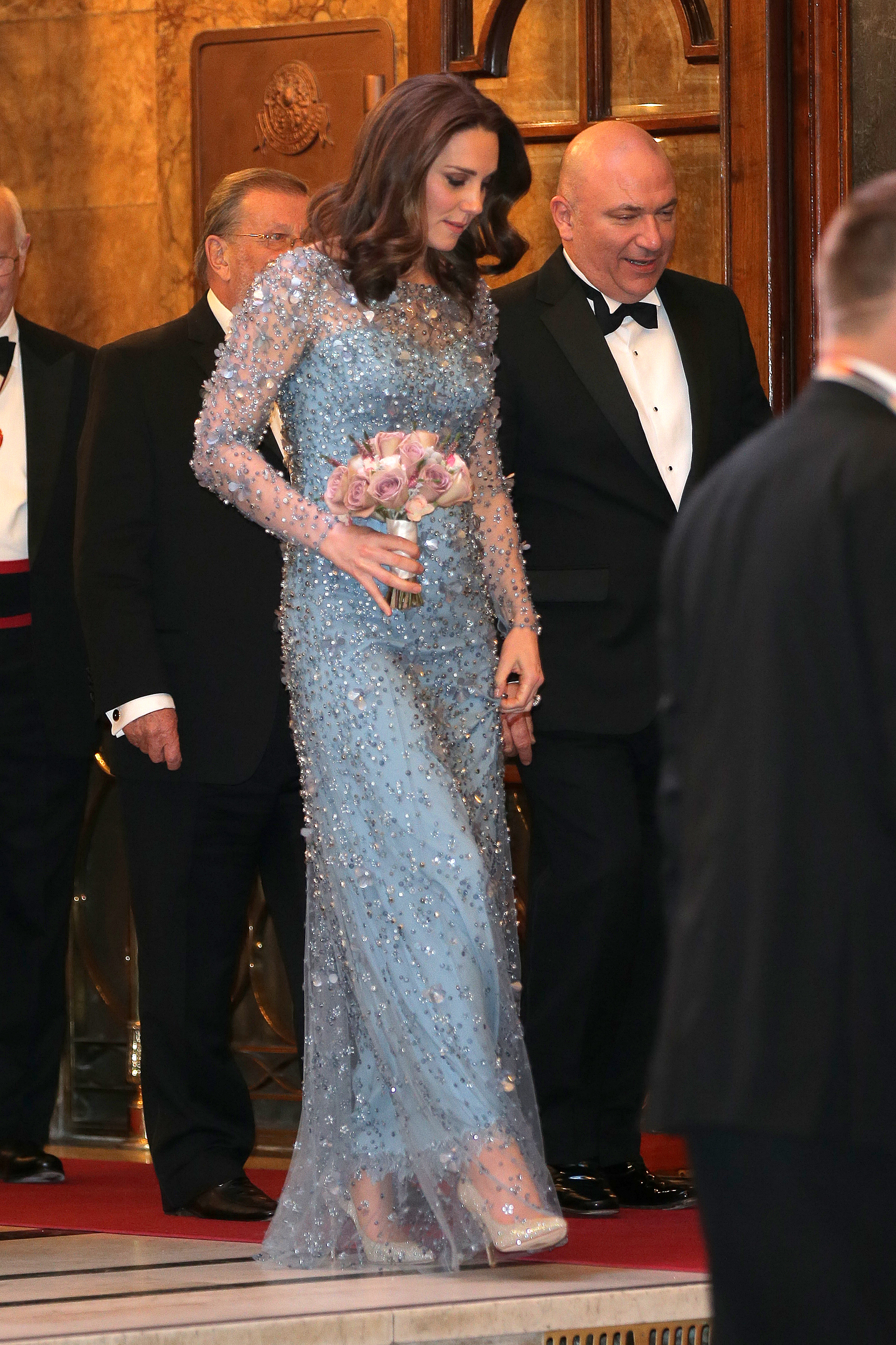 Kate Middleton\'s Elsa-inspired gown is straight out of \