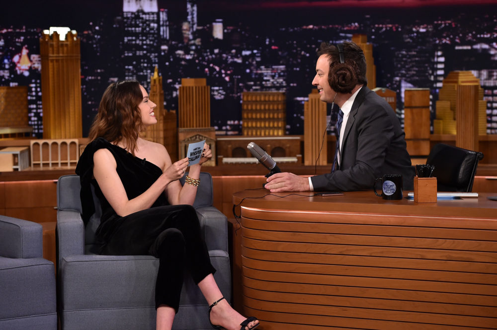 "Watch Jimmy Fallon and Daisy Ridley hilariously guess ""Star Wars"" phrases while wearing noise-canceling headphones"