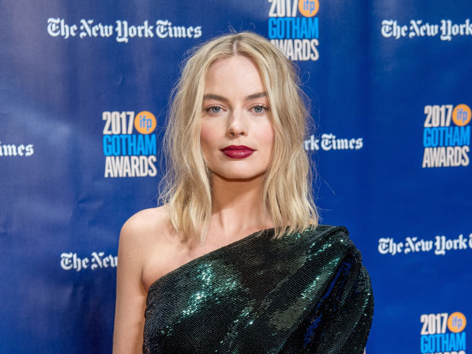 Margot Robbie went full-on Rosie the Riveter in this double denim outfit