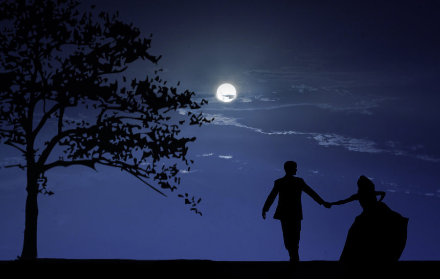 What this weekend's Full Cold Moon means for your love life