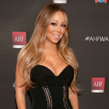 Twitter is losing it over this video of Mariah Carey sitting on an invisible stool