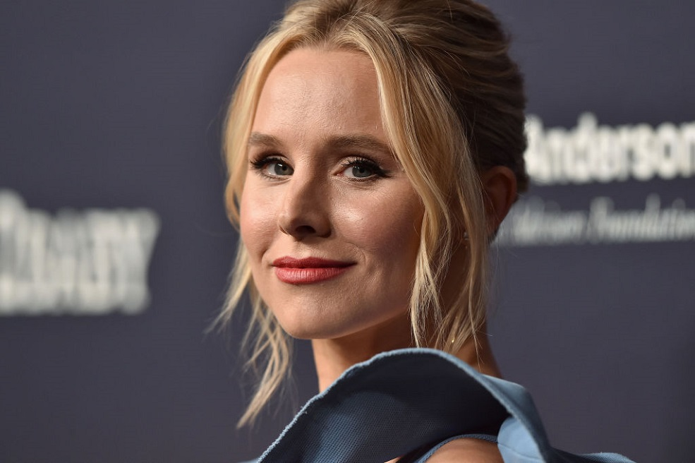 Kristen Bell will officially be the first-ever host of the 2018 SAG Awards