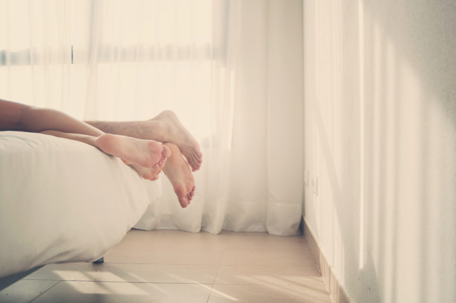 5 reasons you should have more morning sex, according to a relationship expert