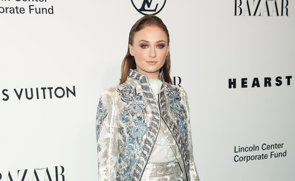 """Sophie Turner just clapped back at anyone who doesn't think Taylor Swift should have made the cover of """"Time"""""""