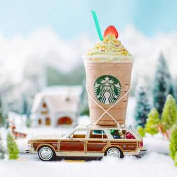 The Starbucks Christmas Tree Frappuccino is limited-edition AF, so better grab yours now