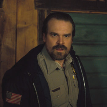 Breaking: Hopper now has a mustache for <em>Stranger Things</em> Season 3 — and he'll always be a zaddy to us