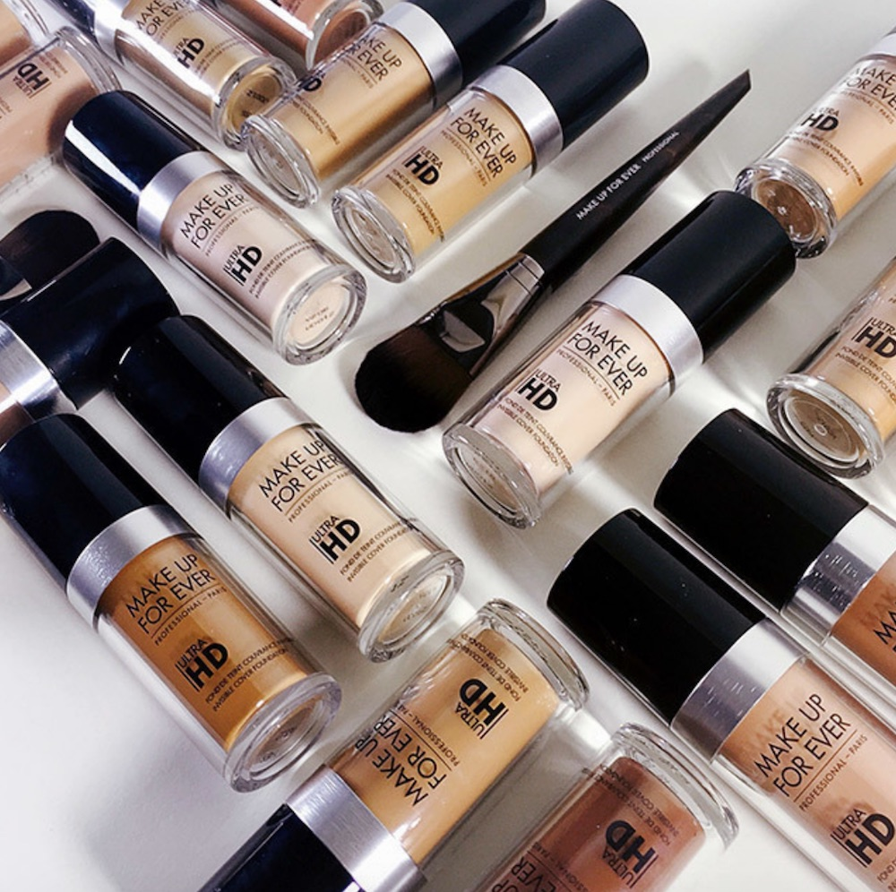 Thanks to Sephora's Green Monday promo, you can try this cult favorite foundation