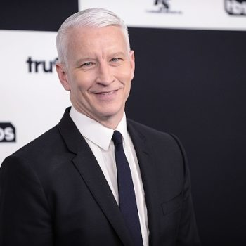 """Someone hacked Anderson Cooper's Twitter account and called Trump a """"pathetic loser"""""""