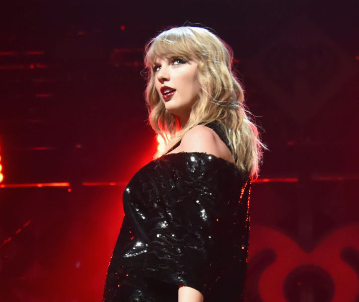 "Taylor Swift ""couldn't have asked for a better year"" while we're all living in Hell"