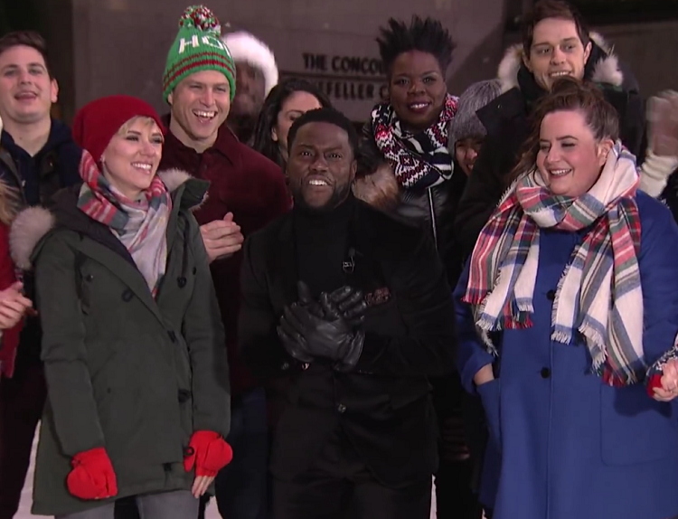 "You need to see Colin Jost and Scarlett Johansson holding hands while ice-skating during the ""SNL"" sign-off"
