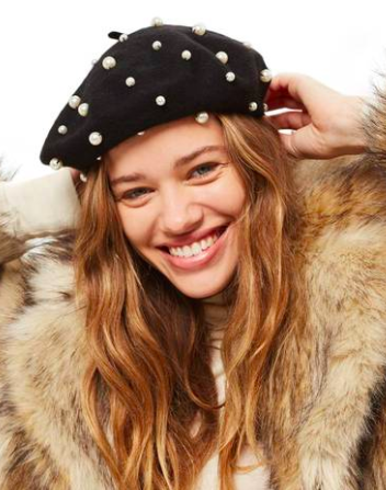 a4b857aaa2fe0 14 berets to wear if you re too lazy to dye your roots - HelloGiggles