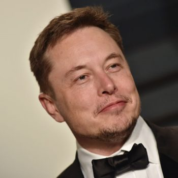Elon Musk accidentally tweeted out his phone number, and oops
