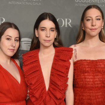 "Haim did the entire ""Oops…I Did It Again"" dance while at a Britney concert, and there's video to prove it"