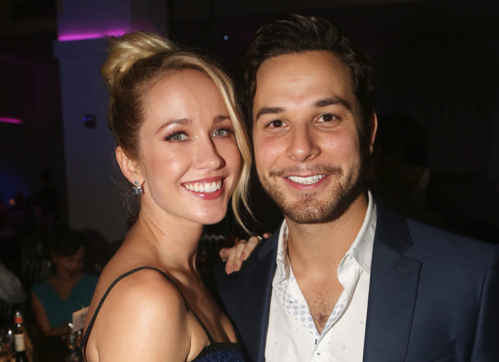 "Anna Camp gets really emotional when she thinks about meeting her ""soulmate"" during ""Pitch Perfect"""