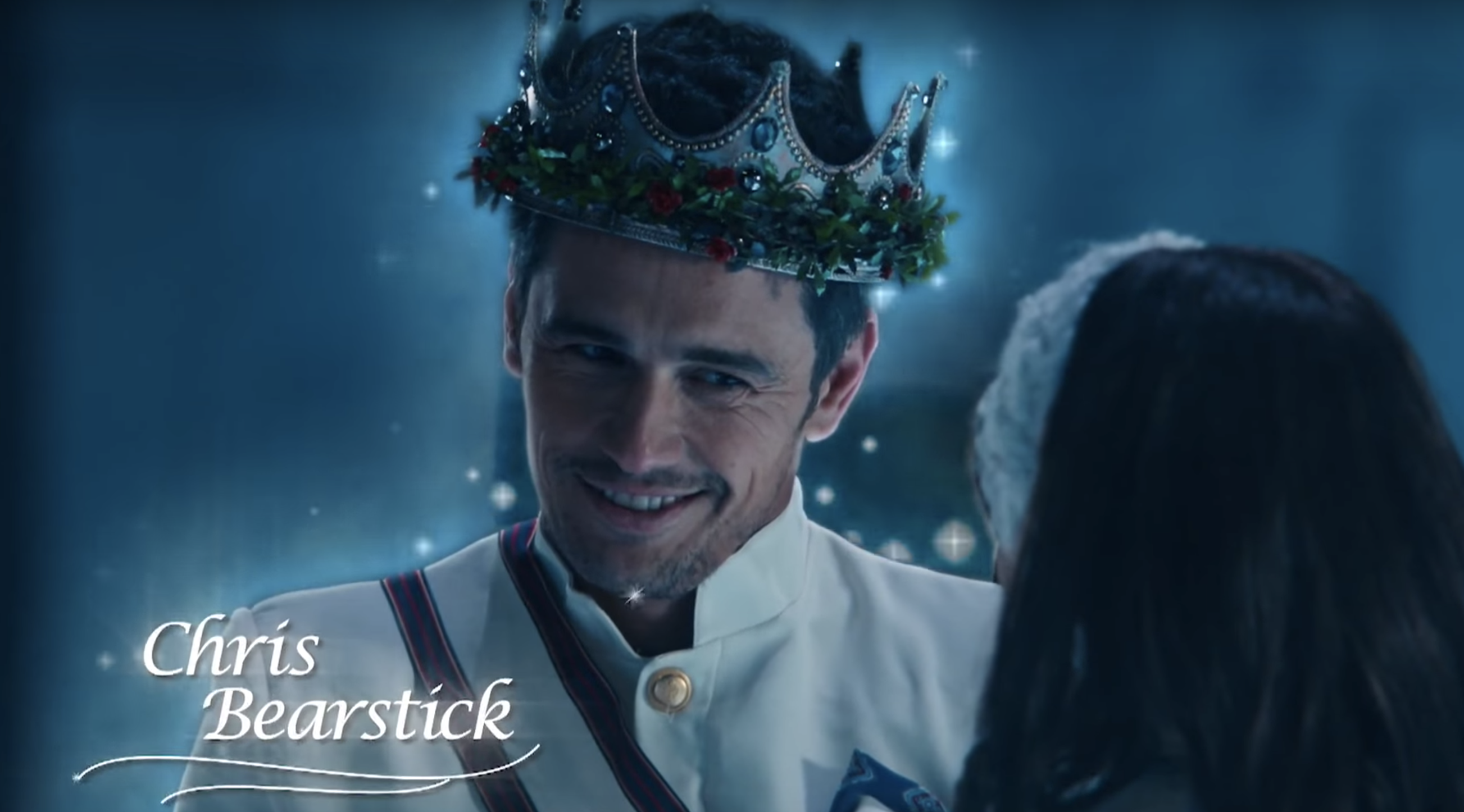 "This fake Hallmark Christmas commercial is the best gift ""SNL"" has ever given us"