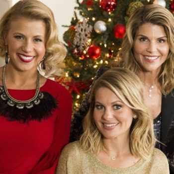All the thoughts you have during Hallmark Christmas movies