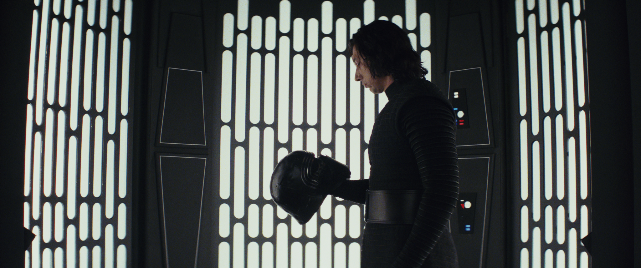 "Adam Driver was totally game for Kylo Ren's shirtless scene in ""Last Jedi"""
