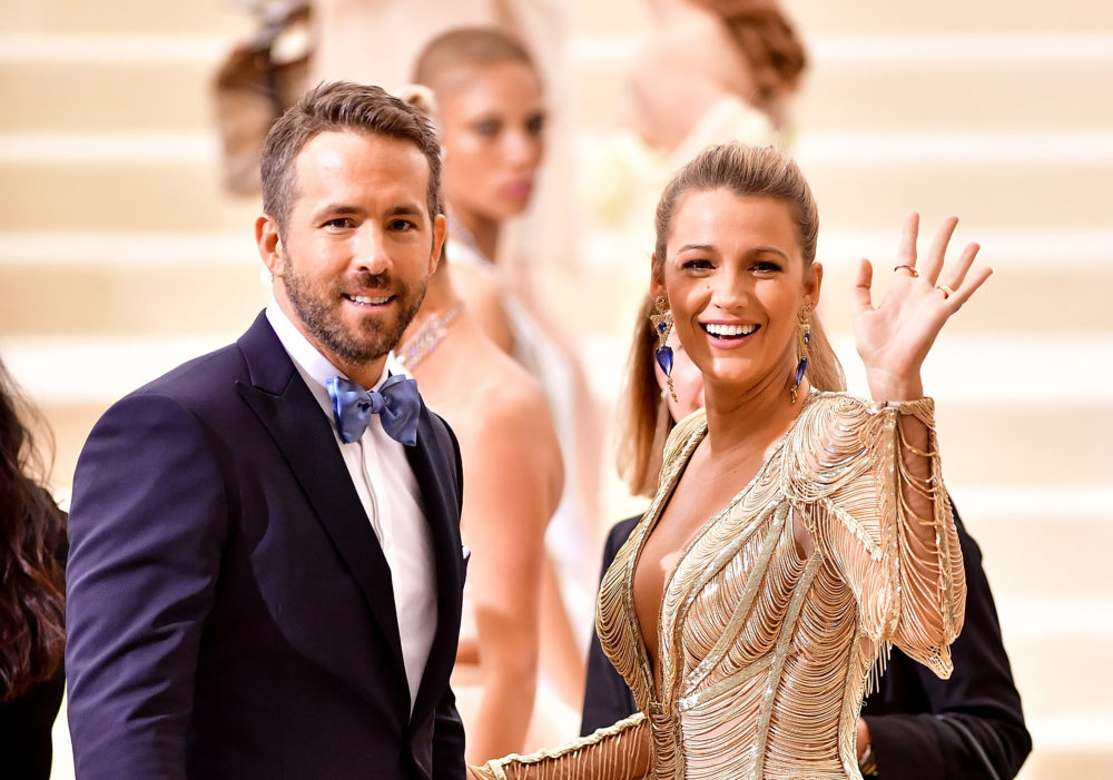Blake Lively just burned Ryan Reynolds over his cookie making ability, and this is the true meaning of Christmas