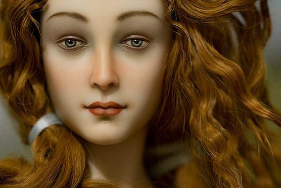 This artist turned Botticelli's Venus into a porcelain doll, and we have no words