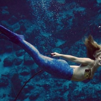 An attraction in Florida is hiring full-time mermaids, because apparently our dream job DOES exist