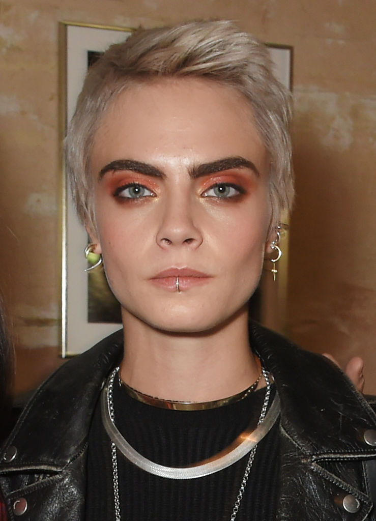 Cara Delevingne Hair See Her Best Hairstyles And Beauty