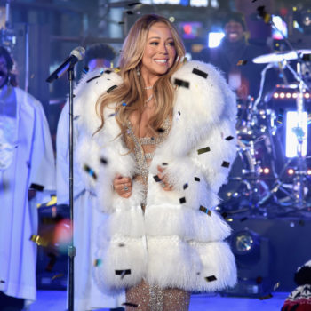 Mariah Carey demanding hot tea during her flawless New Year's Eve performance is the first meme of 2018
