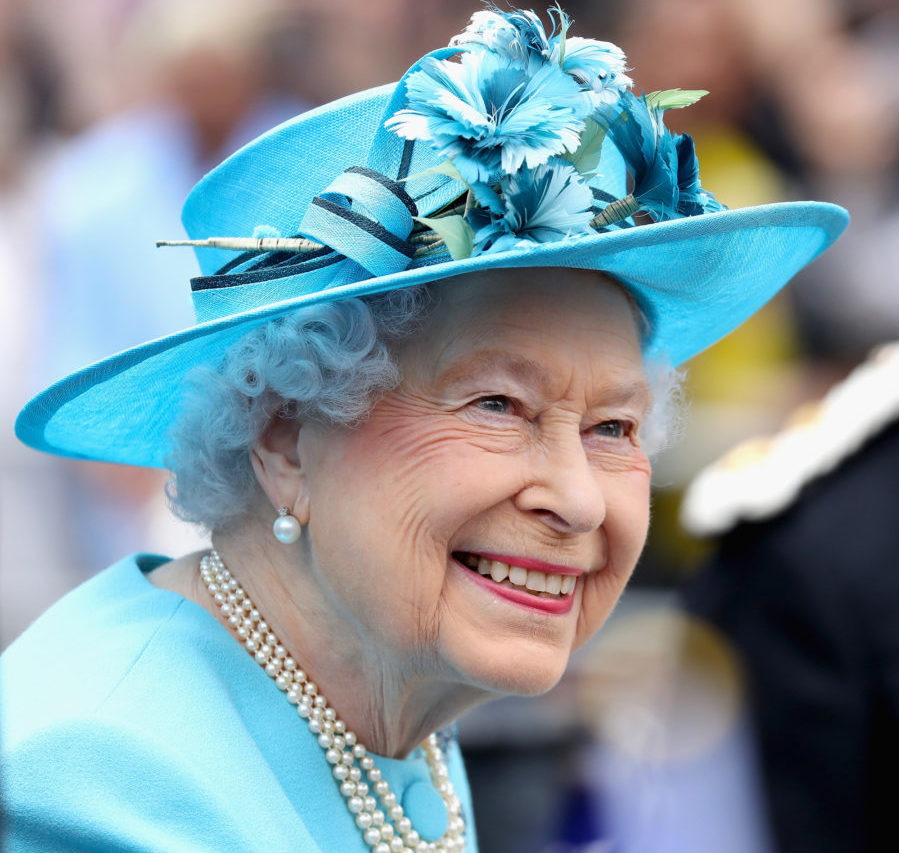 Why Queen Elizabeth always dresses in bright colors