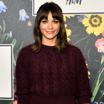 Rashida Jones just shut down critics of the Golden Globes red-carpet blackout