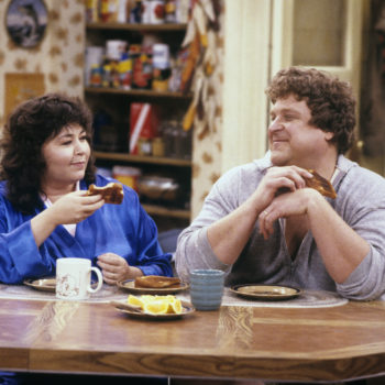 "Apparently, Dan didn't actually die in the ""Roseanne"" finale, and we're confused"