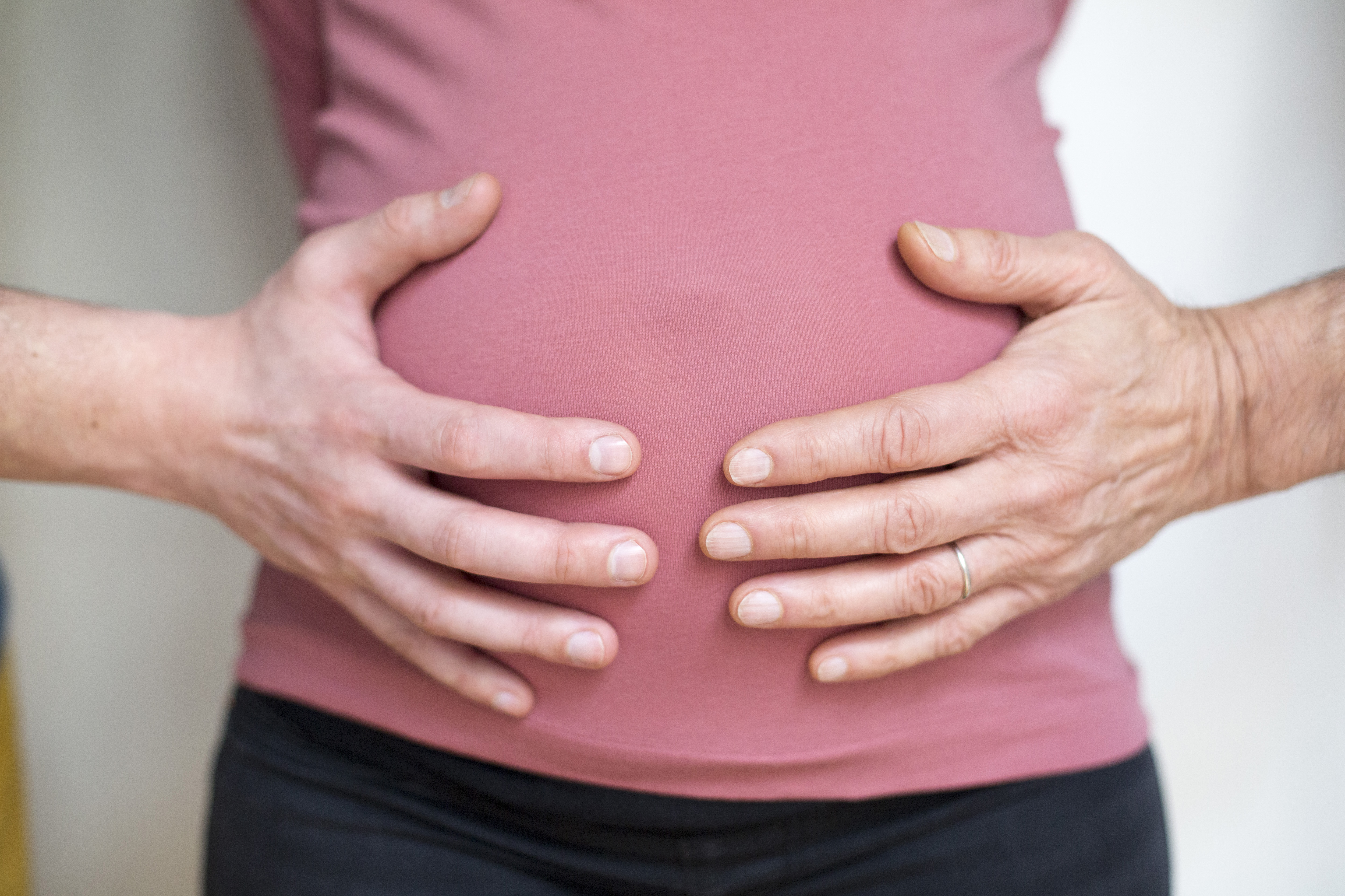 How does a surrogate mother work? Here's what you need to know