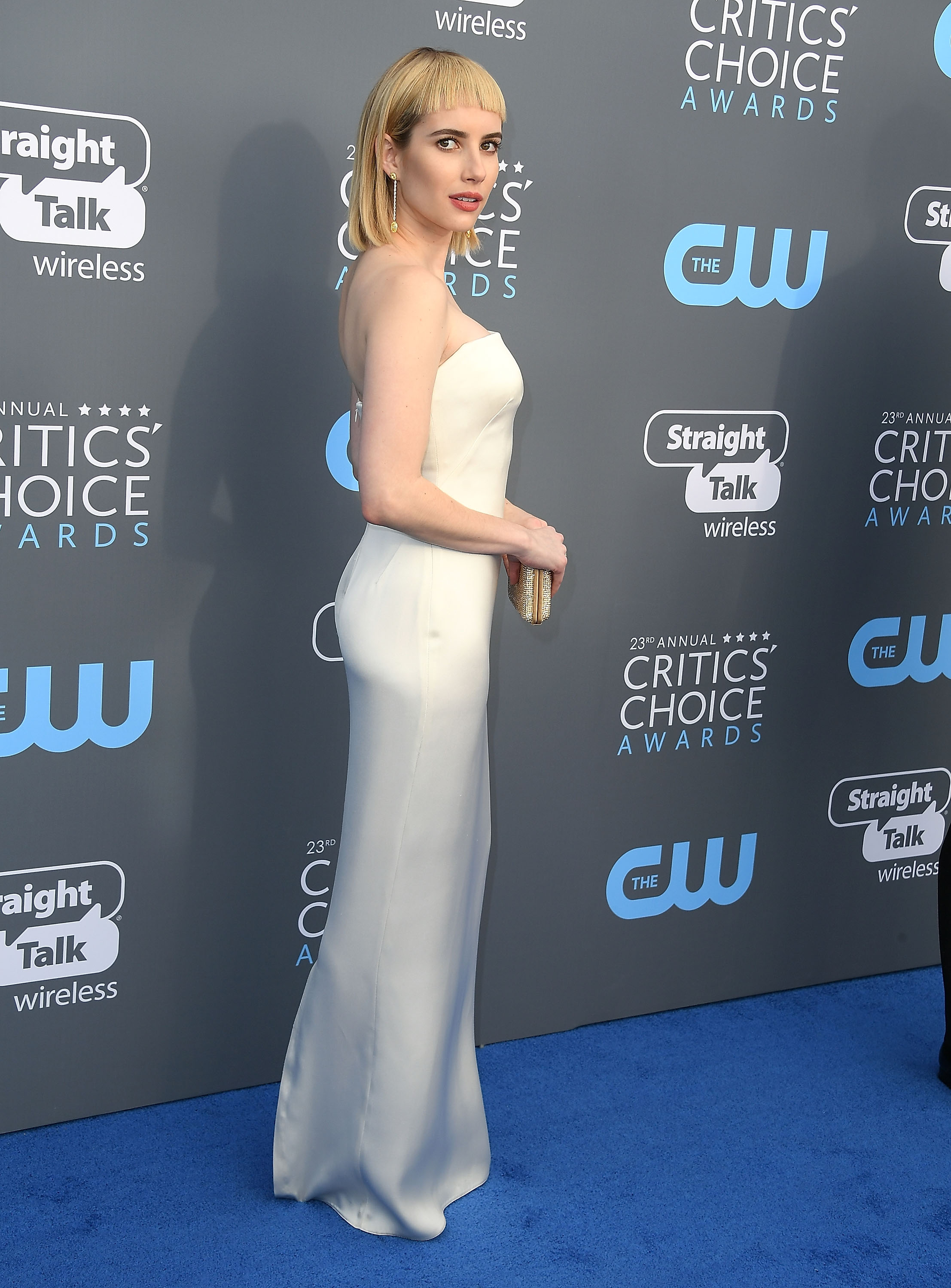 SANTA MONICA, CA - JANUARY 11:  Emma Roberts arrives at the The 23rd Annual Critics' Choice Awards at Barker Hangar on January 11, 2018 in Santa Monica, California.  (Photo by Steve Granitz/WireImage)