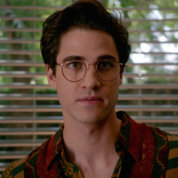 """""""American Crime Story: Versace"""" quickly establishes what this season is about — lies"""
