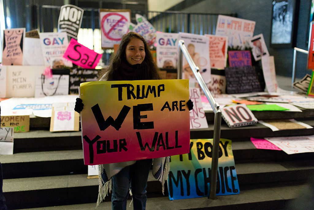 Women's marches draw crowds in US