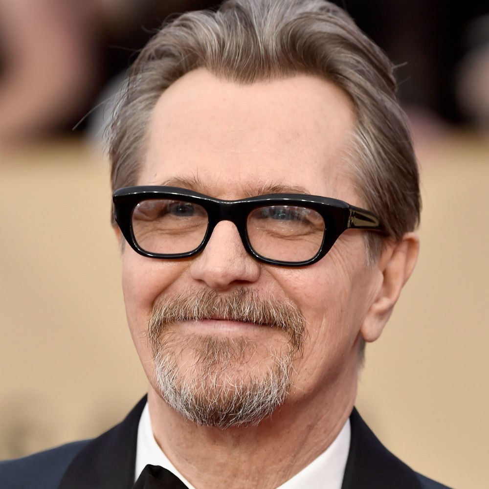 Gary Oldman is at the 2018 SAG Awards and no one is asking him about his abuse allegations