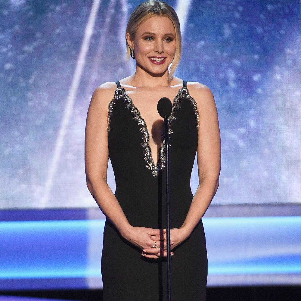 Watch Kristen Bell's savage opening monologue at the 2018 SAG Awards