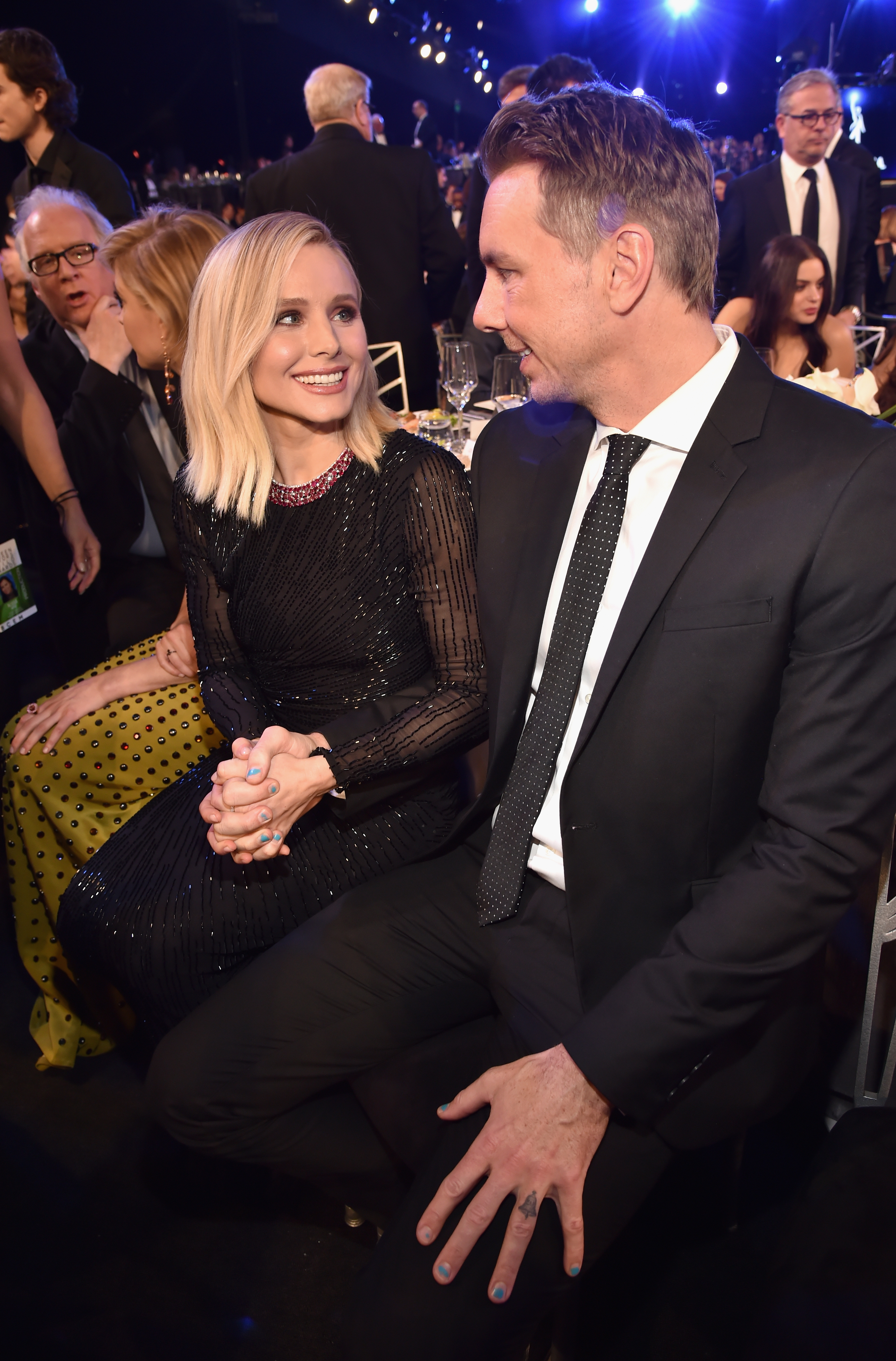 Kristen Bell Walked The Red Carpet Solo Without Husband