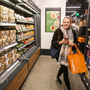 What the new Amazon Go store is like, from people who've already experienced it