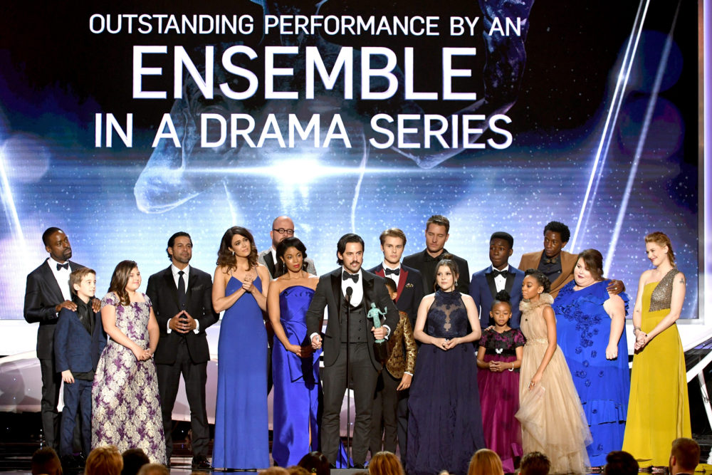"The ""This Is Us"" cast gave up their plus-ones at the SAG Awards to bring the younger cast members"