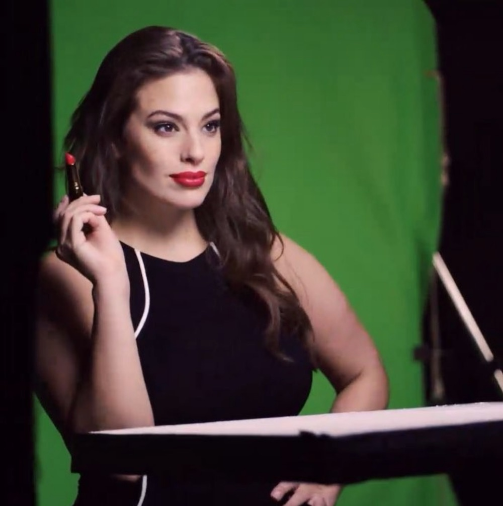 Ashley Graham just made history with Revlon as the first plus-size model with a beauty contract