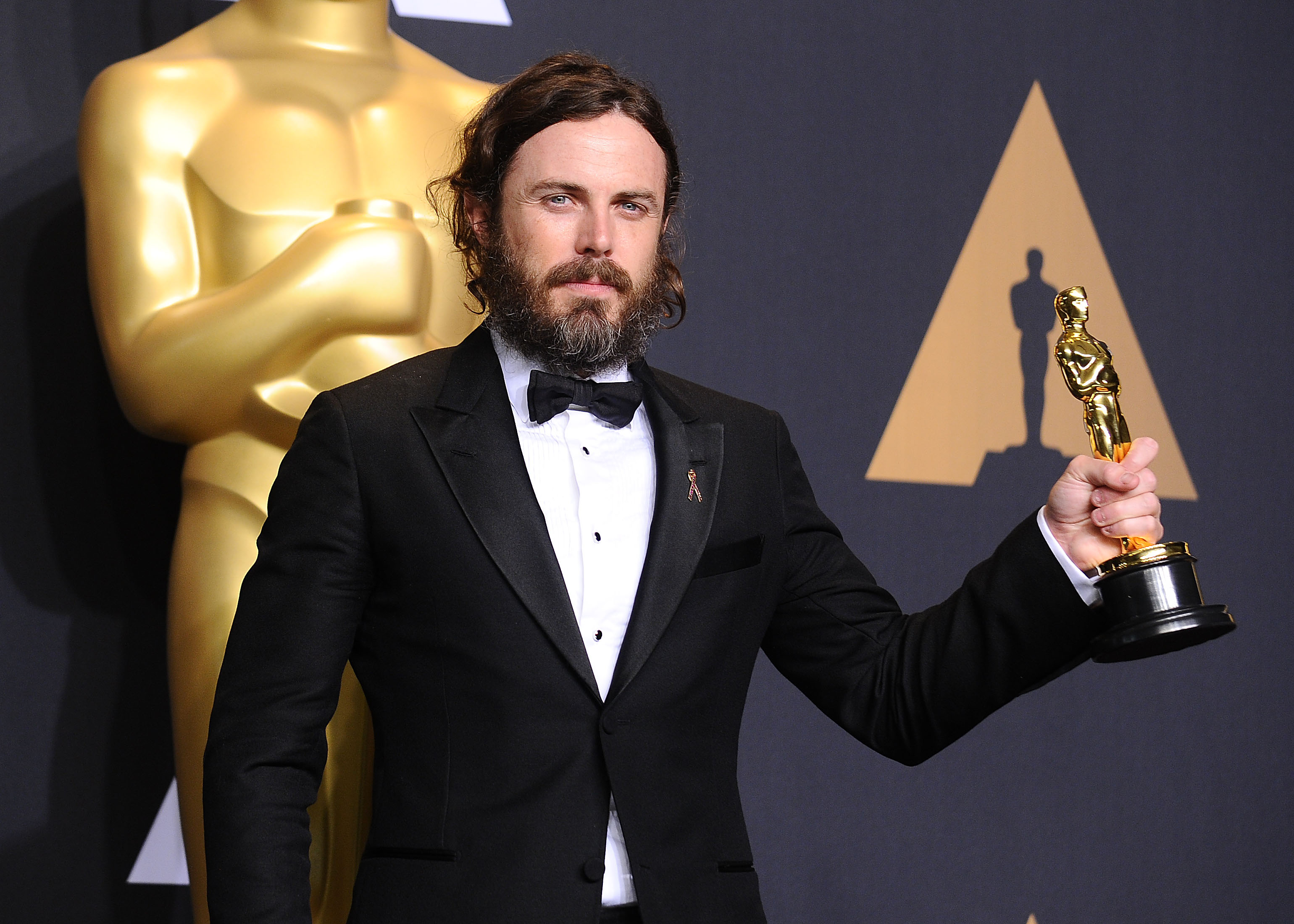 Casey Affleck will NOT present at the Academy Awards this year, breaking a long-standing tradition