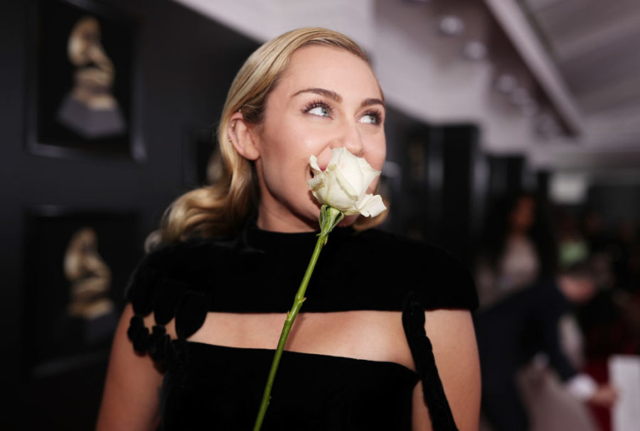 Miley Cyrus wore a velvet jumpsuit to the 2018 Grammys, and it might be her most understated look yet