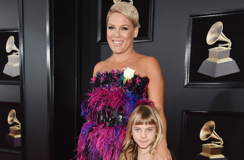 Pink and her daughter Willow look like grunge princesses on the 2018 Grammys red carpet
