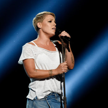 """Pink's 2018 Grammy performance is the exact opposite of """"Glitter In the Air"""""""