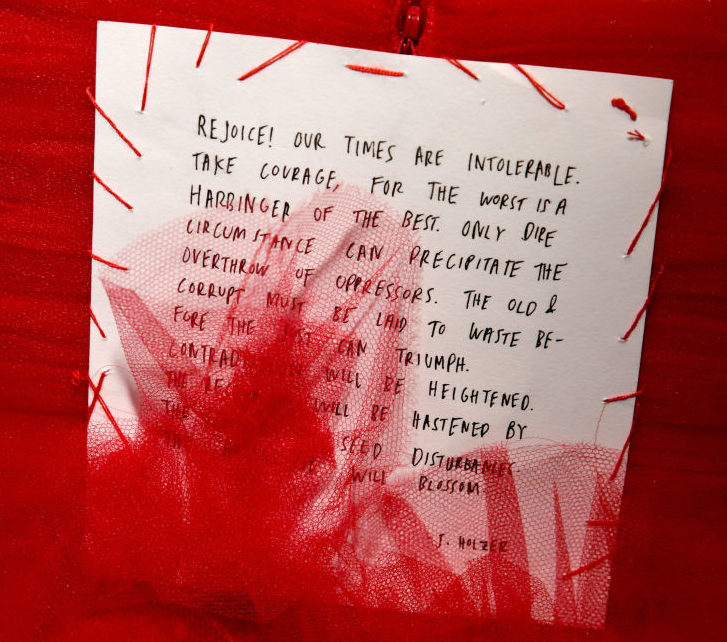 Lorde sewed a poem by feminist artist Jenny Holzer to the back of her 2018 Grammys dress