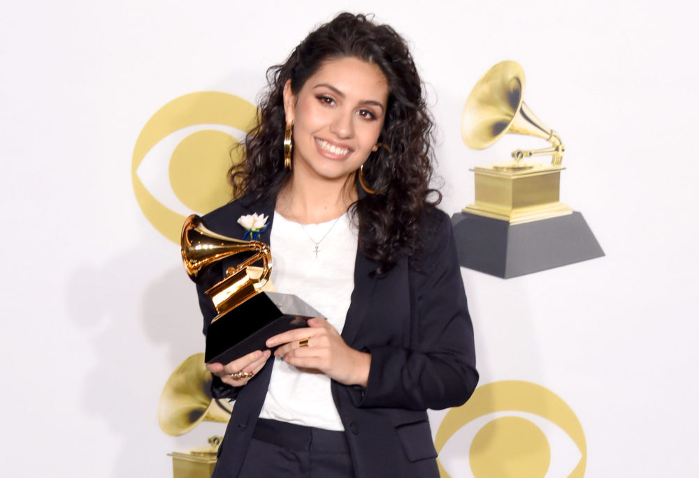 FYI: Only *one* woman was presented with an award during the entire Grammys telecast