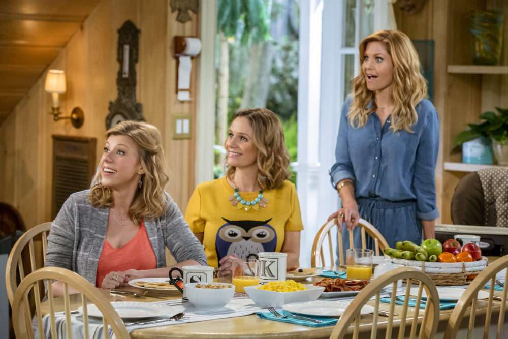 """Fuller House"" has been renewed for its fourth season in two years, and this math does not add up"