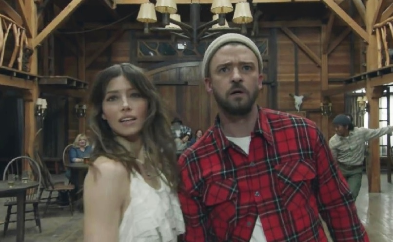 Justin Timberlake's new video features Jessica Biel, and she's *dancing*