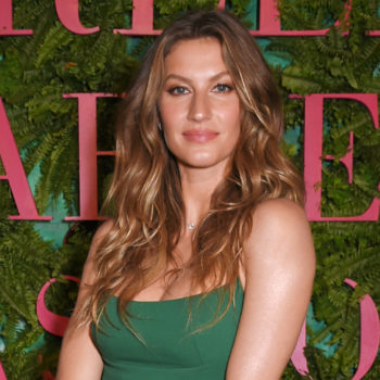 """Gisele Bündchen just became the first model to go makeup-free on the cover of """"Vogue Italia"""""""
